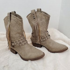Coconuts Lasso western style fringed boots (8)